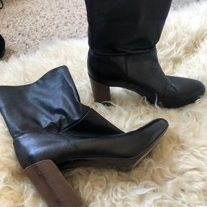Used Vince black leather boots!